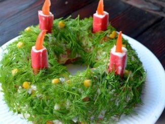 салат с крабовыми палочками кукурузой и помидорами