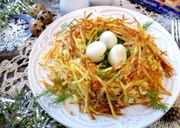 Рецепт салата гнездо глухаря с курицей